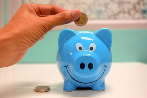 7 Simple Ways to Save Money Each Month
