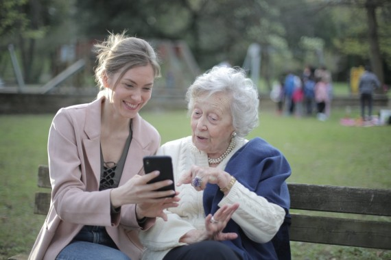 5 Tips to Find the Ideal Senior Care Facility for Your Loved Ones