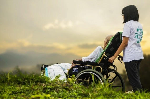 Benefits of Hiring Home Care Services